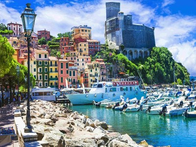 CINQUE TERRE: LIVE THE EVENTS FROM THE SEA